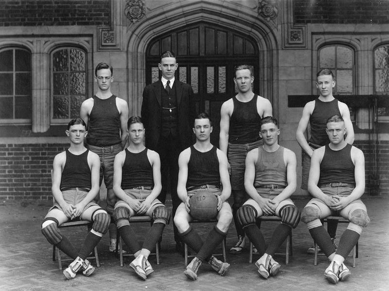 Edward McNichol and 1920 Penn basketball team