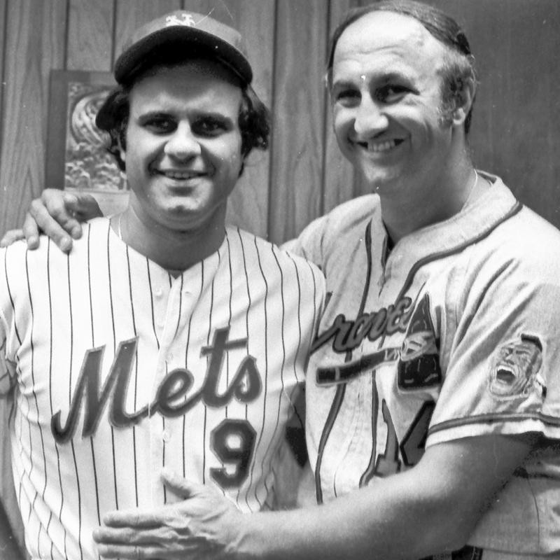 Joe Torre poses for photo with brother Frank Torre