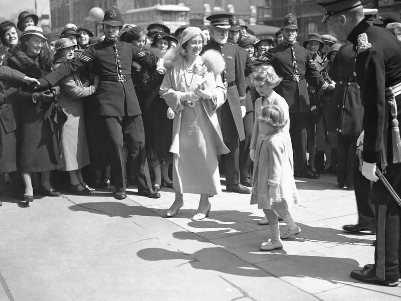 Princess Elizabeth with mother and sister
