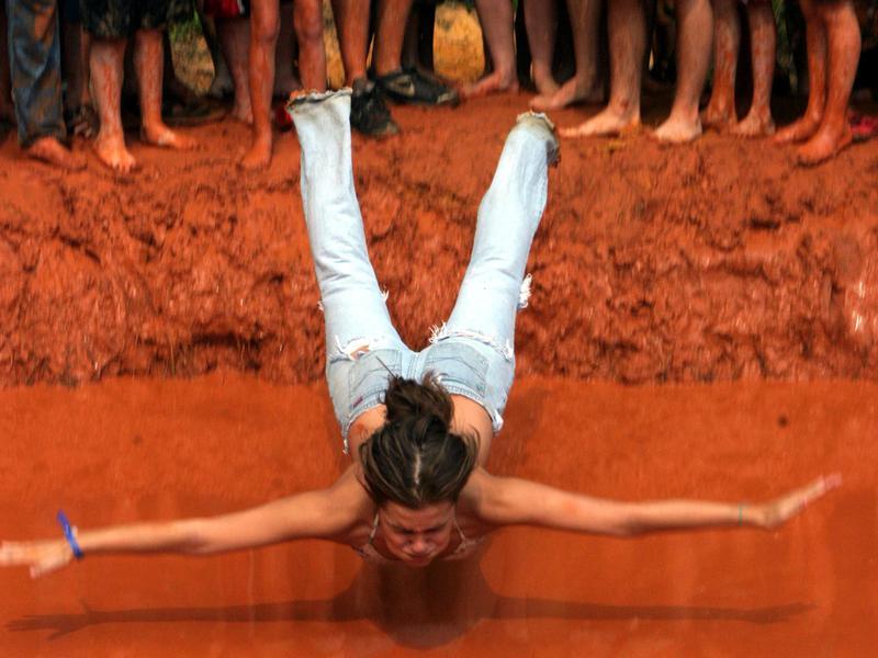 Mud-pit belly flop