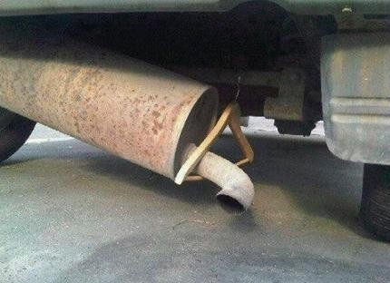 Hanger used to hold up pipe
