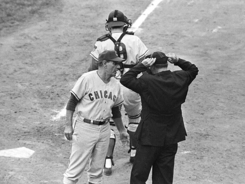 Leo Durocher argues with Sha Crawford