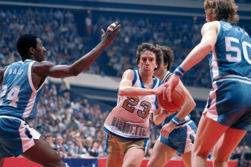 1976-77 Marquette Warriors (Golden Eagles)