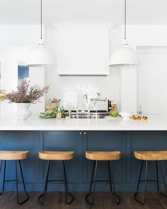 Kitchen with white and blue colors
