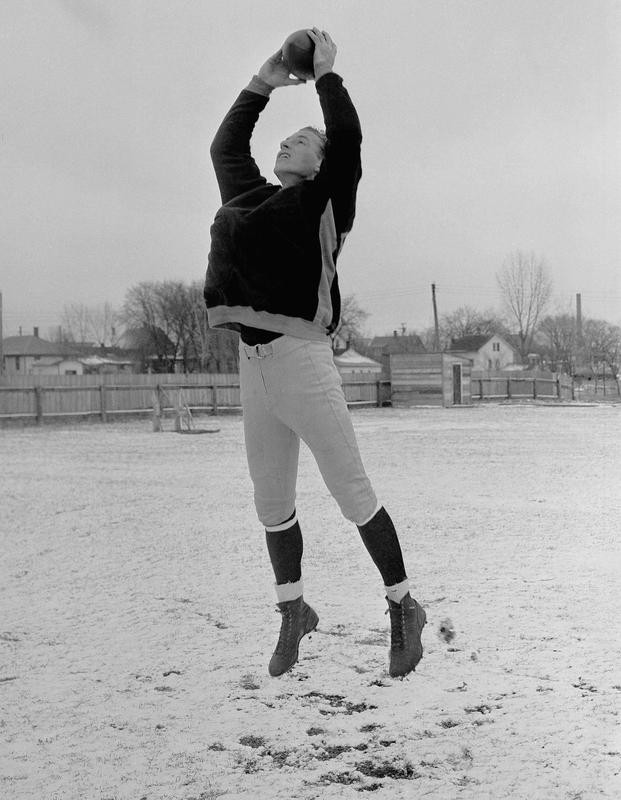 Don Hutson at Green Bay Packers practice