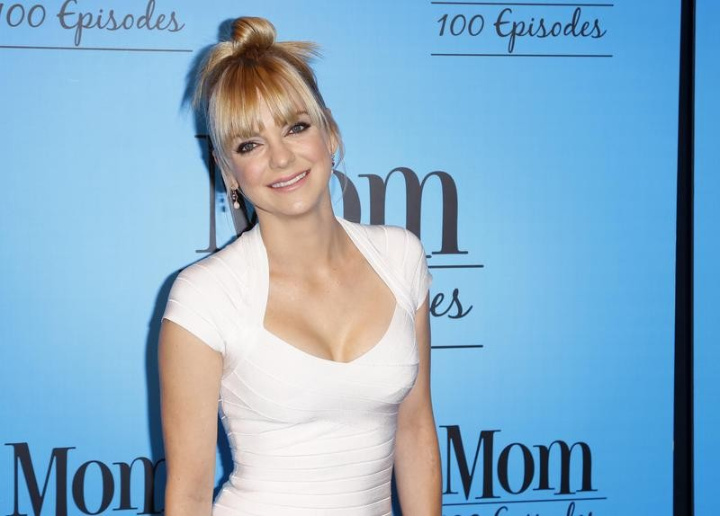 "Anna Faris at ""Mom"" 100th episode celebration"