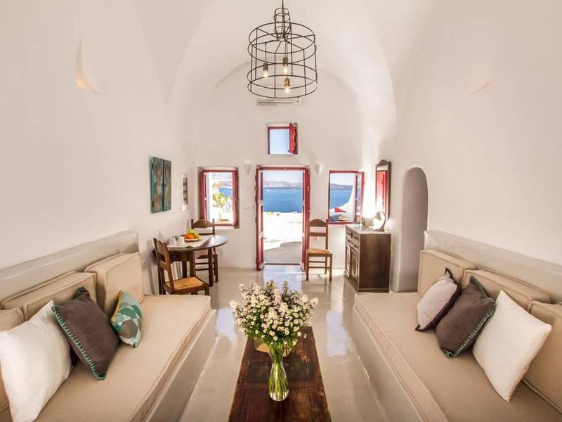 Santorini Airbnb