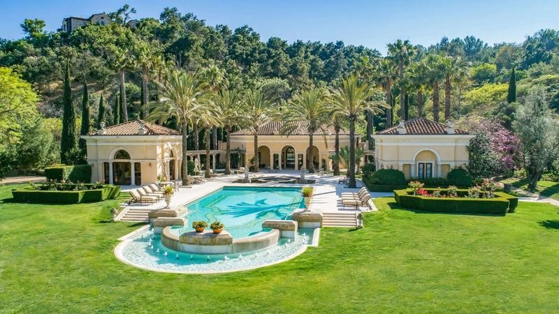 Villa Firenze pool