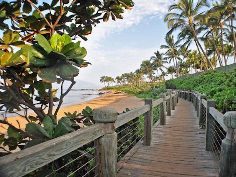 Wailea Oceanfront Boardwalk in Hawaii