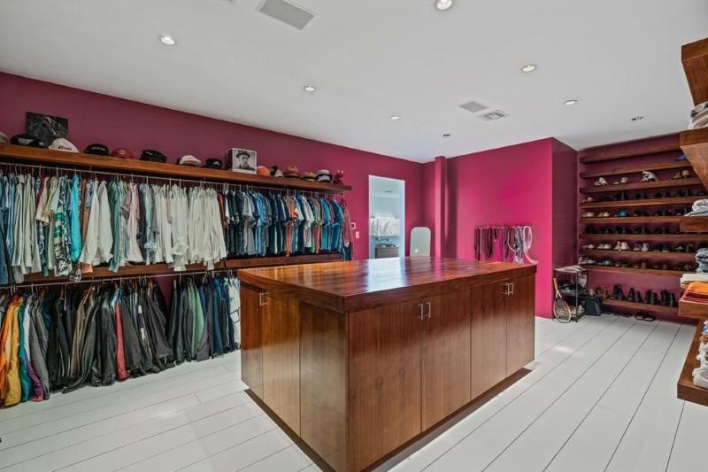 Jesper Parnevik's closet