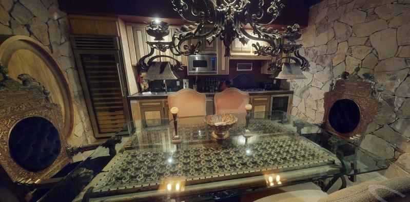 Rock star dining room