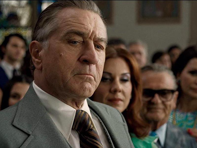 Robert De Niro, Joe Pesci, Kathrine Narducci, and Stephanie Kurtzuba in The Irishman
