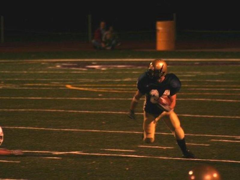 Sacred Heart wide receiver Aaron Wedel