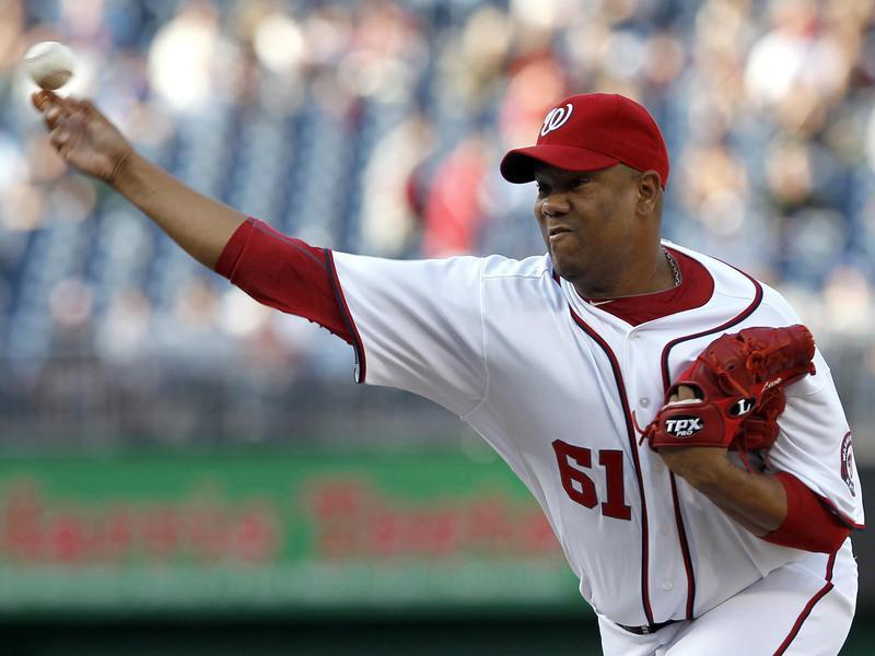 Washington Nationals pitcher Livan Hernandez throws