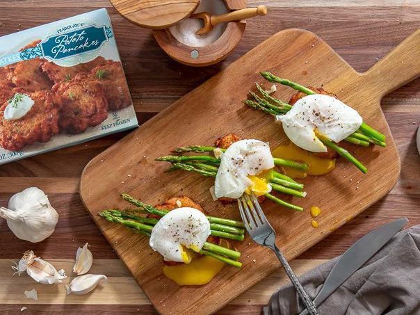 Potato Pancakes With Asparagus & Poached Eggs