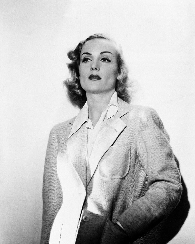1930s: Bottom-heavy Curls
