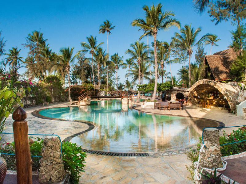 Palumboreef Reef Beach Resort