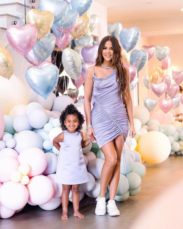 True Thompson and Khloe Kardashian