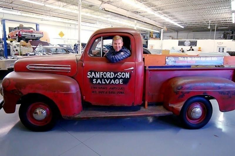 30. 1951 Ford F-100