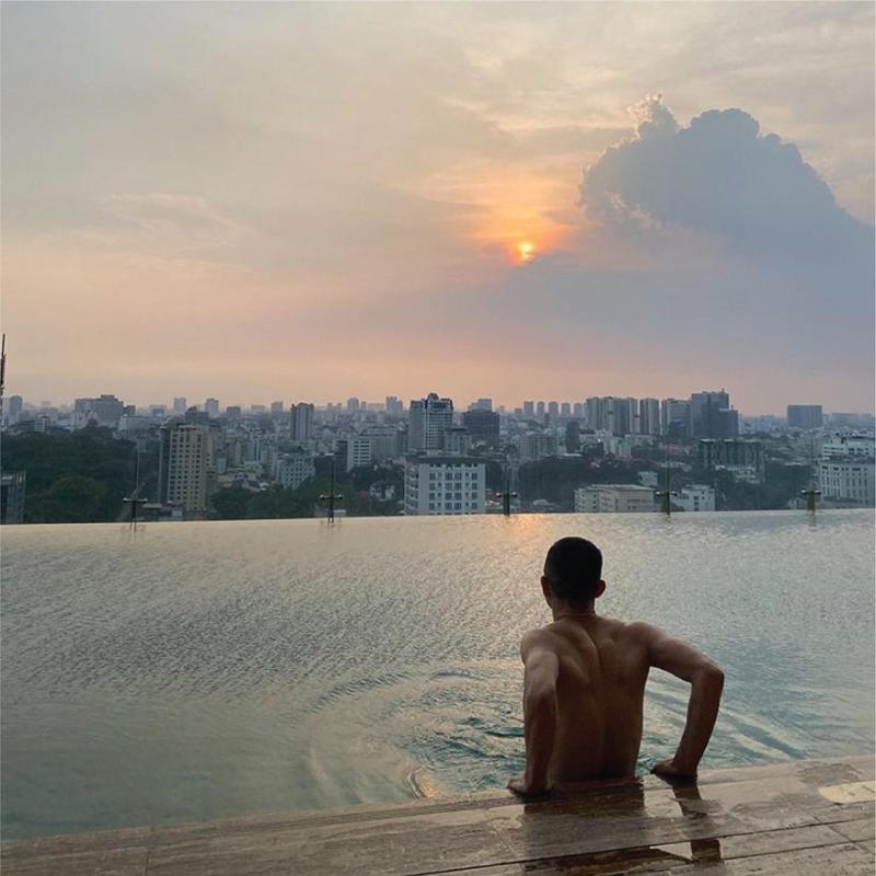 Hotel Des Arts Saigon Rooftop Pool