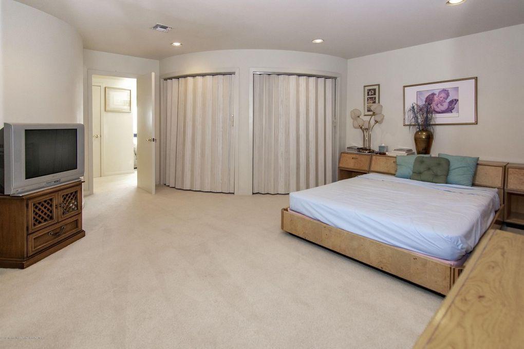 Joe Pesci's bedrooms