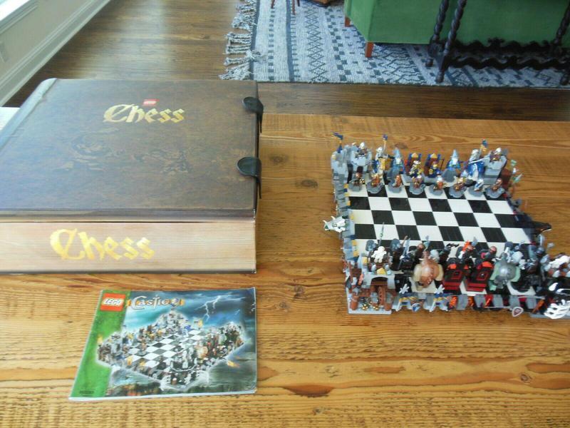 Lego Fantasy Era Castle Giant Chess Set