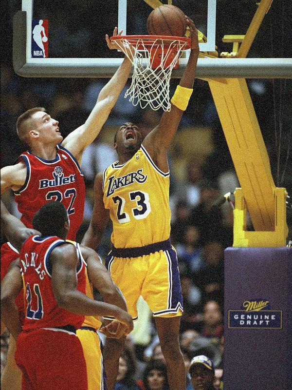 Cedric Ceballos dunks over Washington Bullets Jim McIlvaine