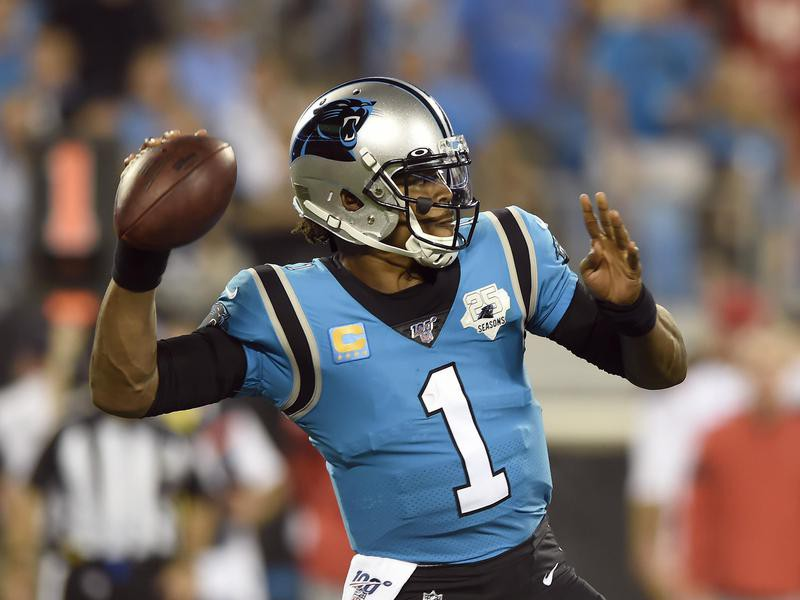 Cam Newton of the Carolina Panthers passes against Tampa Bay Buccaneers