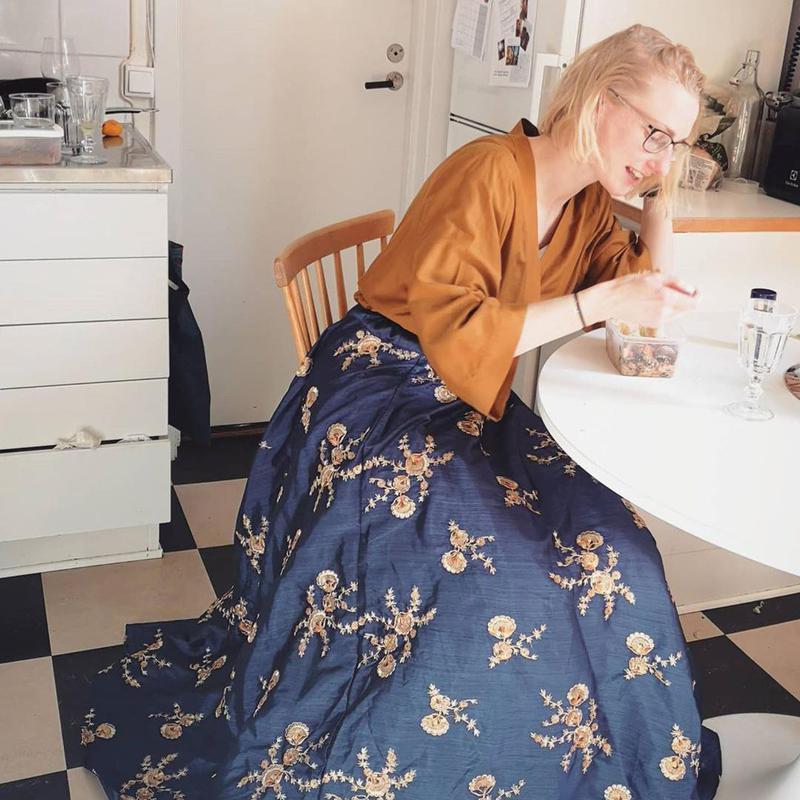 Curtain skirt