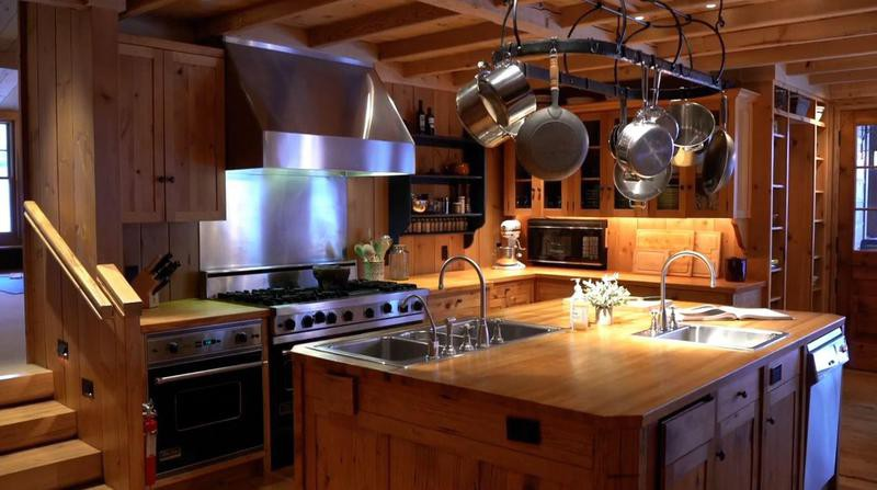 Kitchen with hanging pots