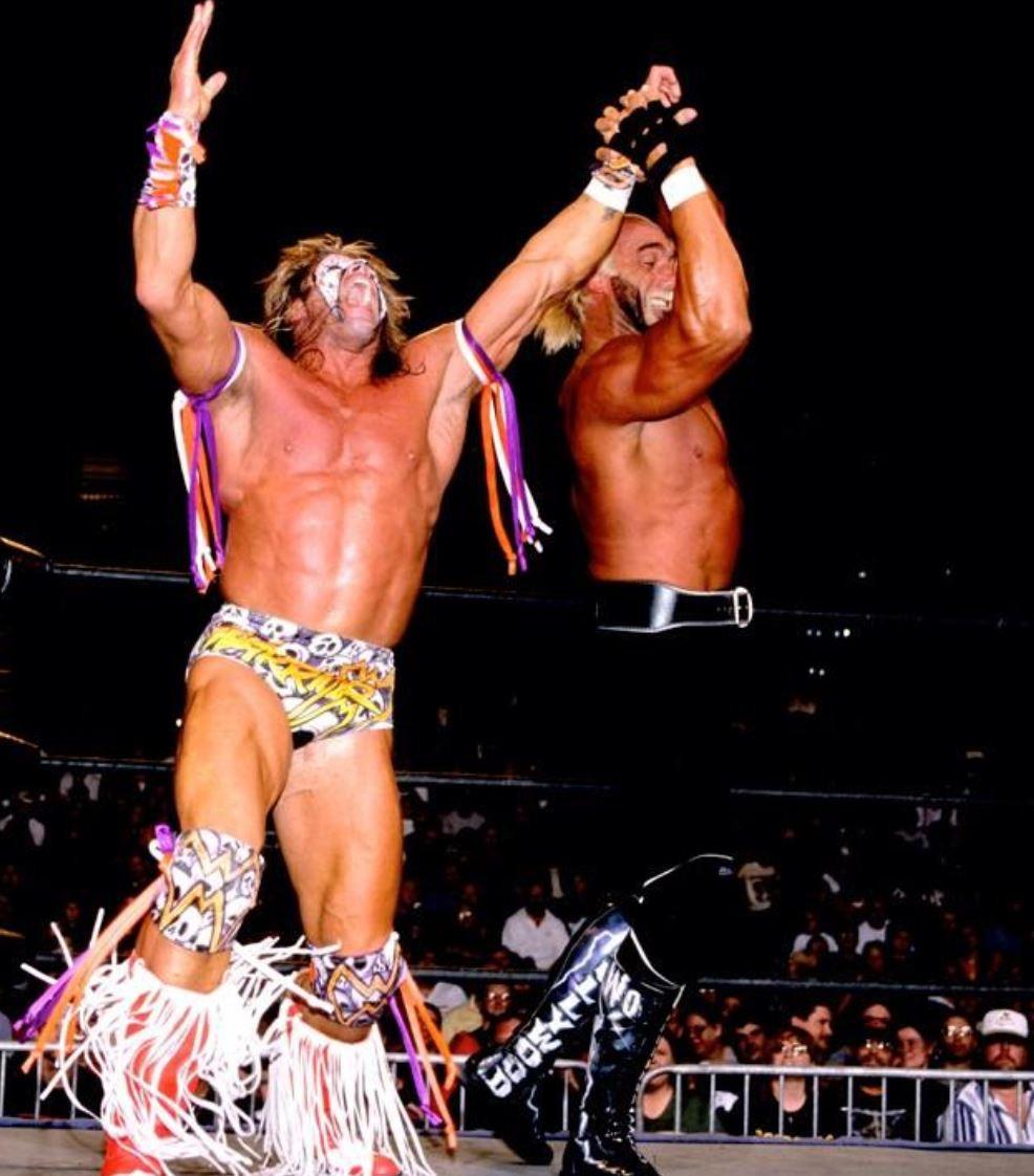Hogan vs. Warrior at Halloween Havoc