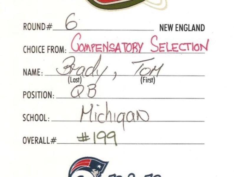 Tom Brady's 2000 NFL draft card