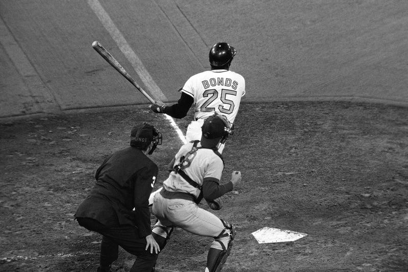 Bobby Bonds hits home run against Chicago Cubs
