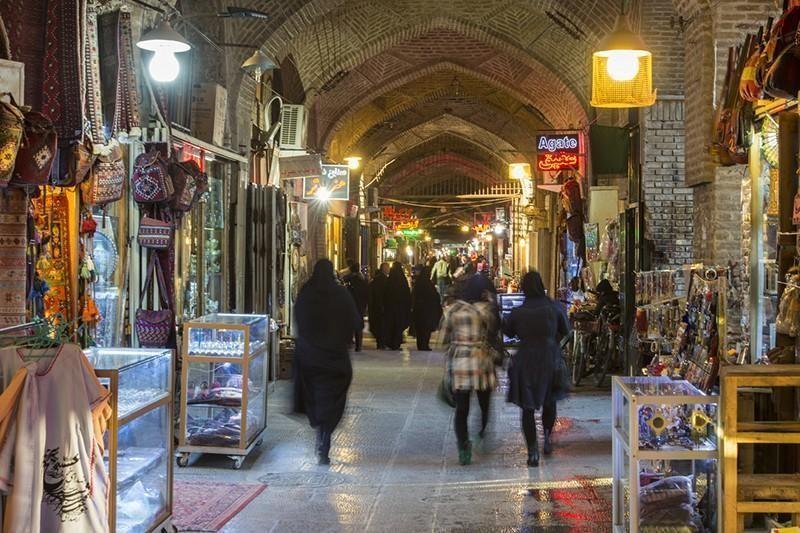 market in iran