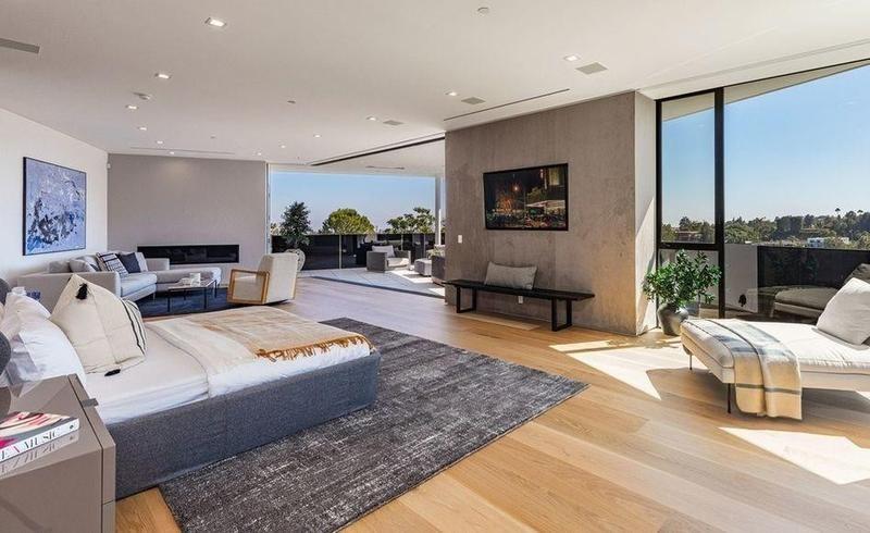 Large modern master bedroom
