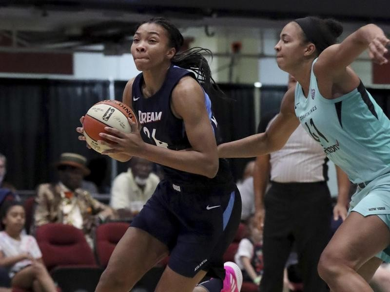 Imani McGee-Stafford in action against New York Liberty