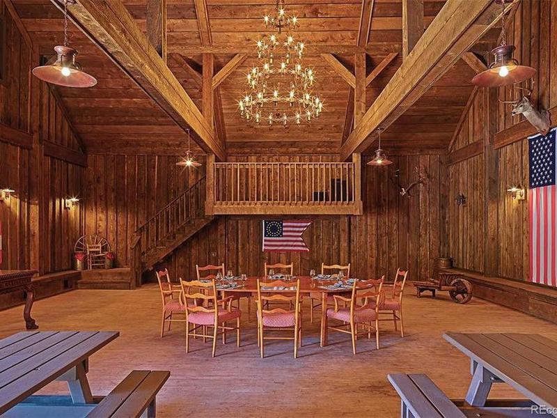 Greg Norman's saloon/dance