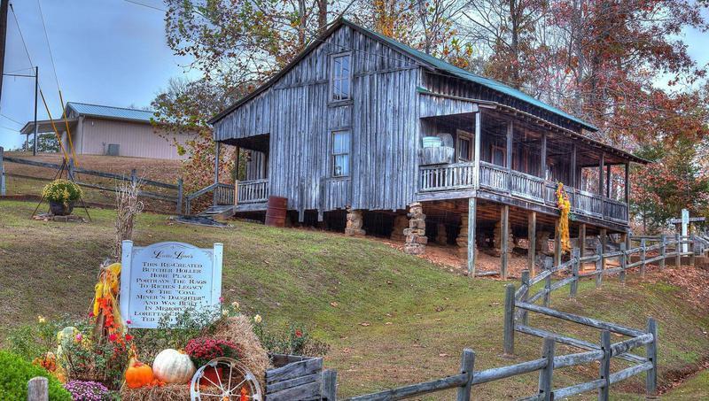 Loretta Lynn's replica cabin from Butcher Hollow
