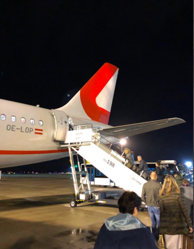 People boarding Laudamotion plane
