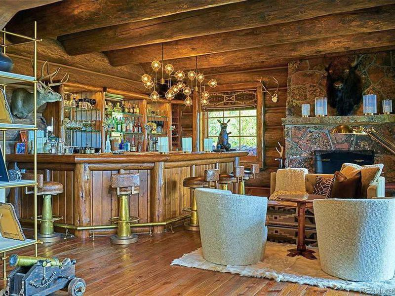 Greg Norman's bar and living room