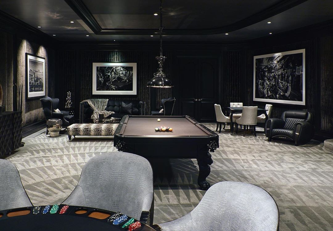 The Manor in Los Angeles