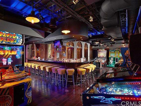 Mansion with arcade