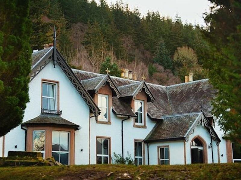 Foyers Lodge