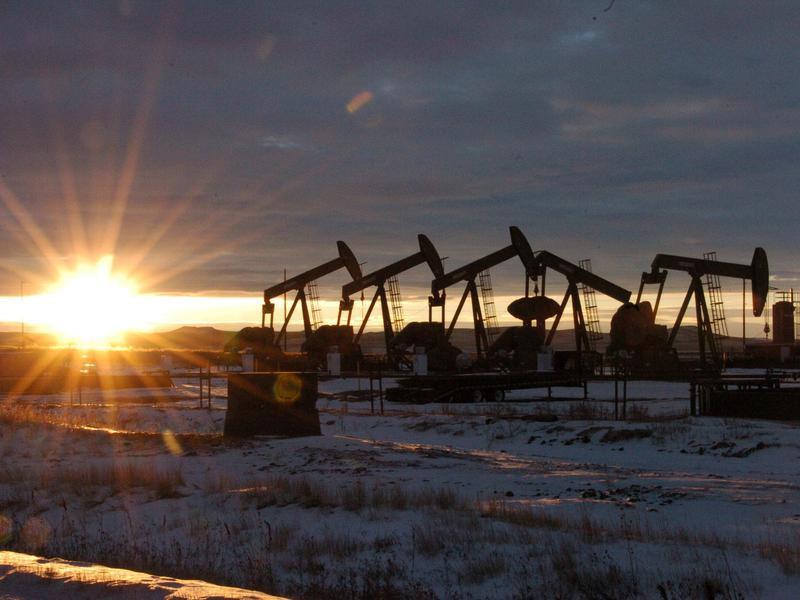 Oil rigs in North Dakot