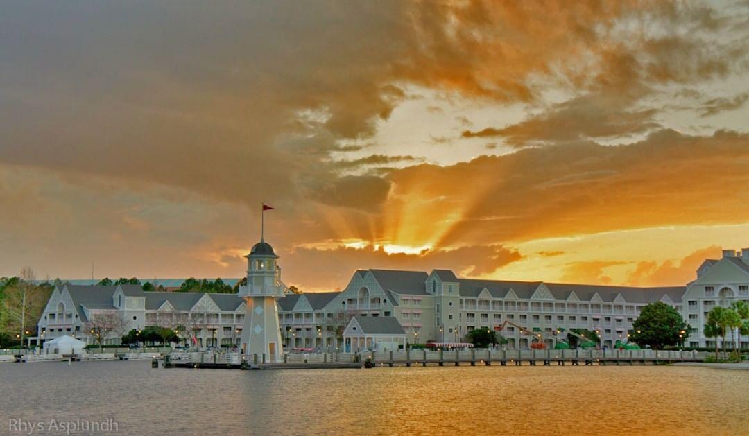Sunset timing at Disney's Yacht Club Resort