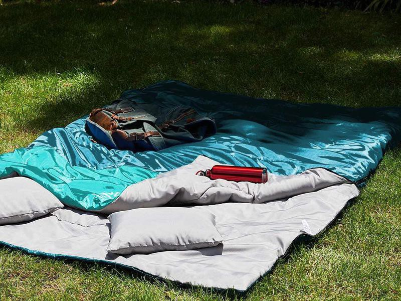 Teal double sleeping bag