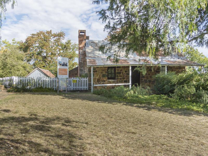 Blundells Cottage