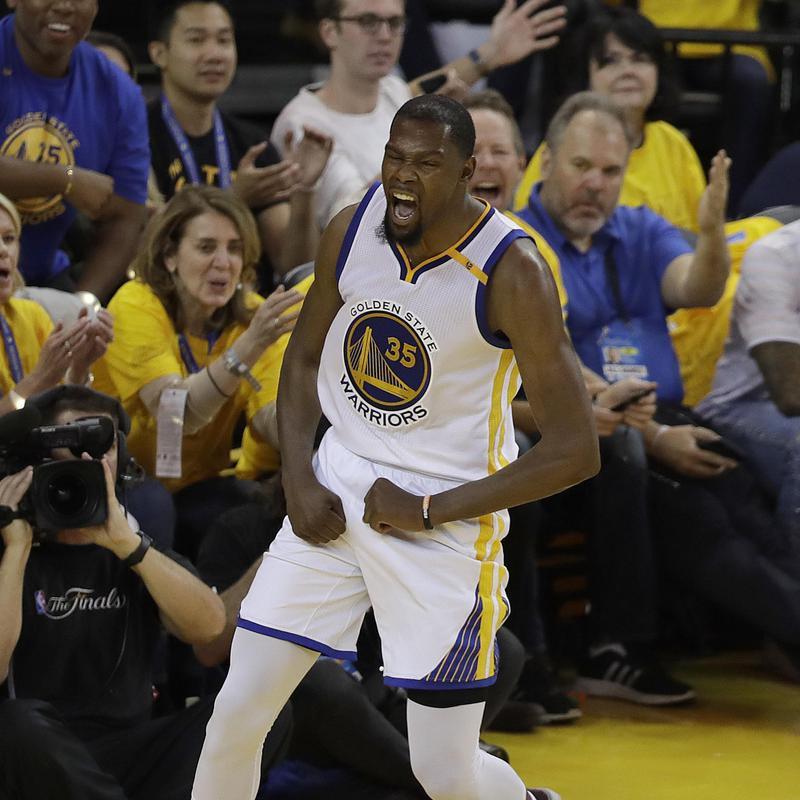 Golden State Warriors forward Kevin Durant celebrates