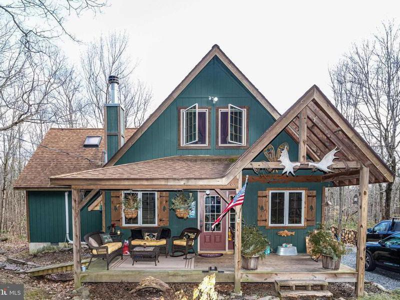 A-frame cabin in Jim Thorpe, Pennslyvania