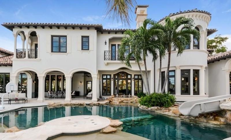 Scottie Pippen's pool